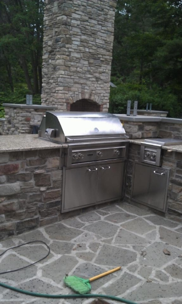 Outdoor-bar-b-q2